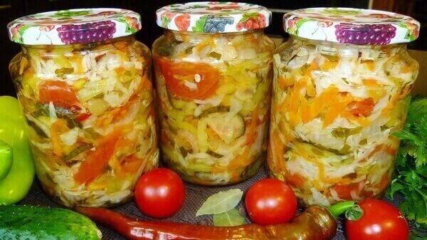 Кубанский салат с перцем Чили
