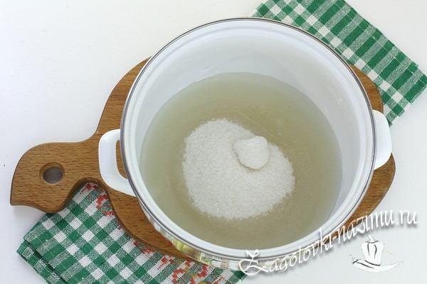 Добавьте сахар в воду