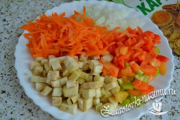 Помыть и нарезать овощи