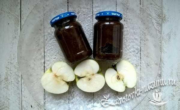 Яблочное пюре для грудничка из свежих яблок и чернослива готово