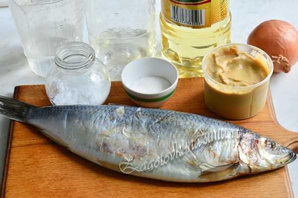 Ингредиенты для сельди в горчично-уксусной заливке