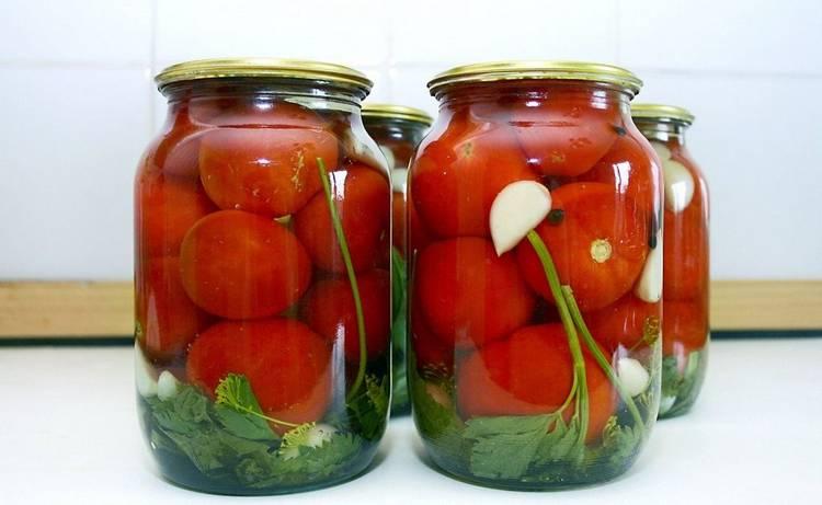 Маринованные помидоры «Пальчики оближешь» - ТОП-3 рецептов на зиму в банках без стерилизации