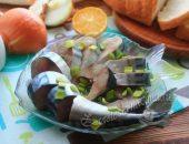 Скумбрия, маринованная в домашних условиях, очень вкусная, в рассоле, целиком – пошаговый рецепт с фото