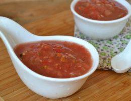 Аджика из помидор и чеснока - ТОП-5 классических рецептов на зиму без варки
