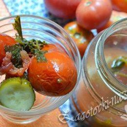 Пряные помидоры с огурцами – рецепт по шагам
